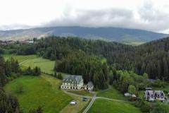 widok domu i Babiej Góry